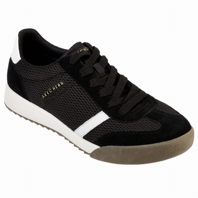 Tenis Skechers On the GO Joy - Goldy Homem Pretas / Branco | 910-49605